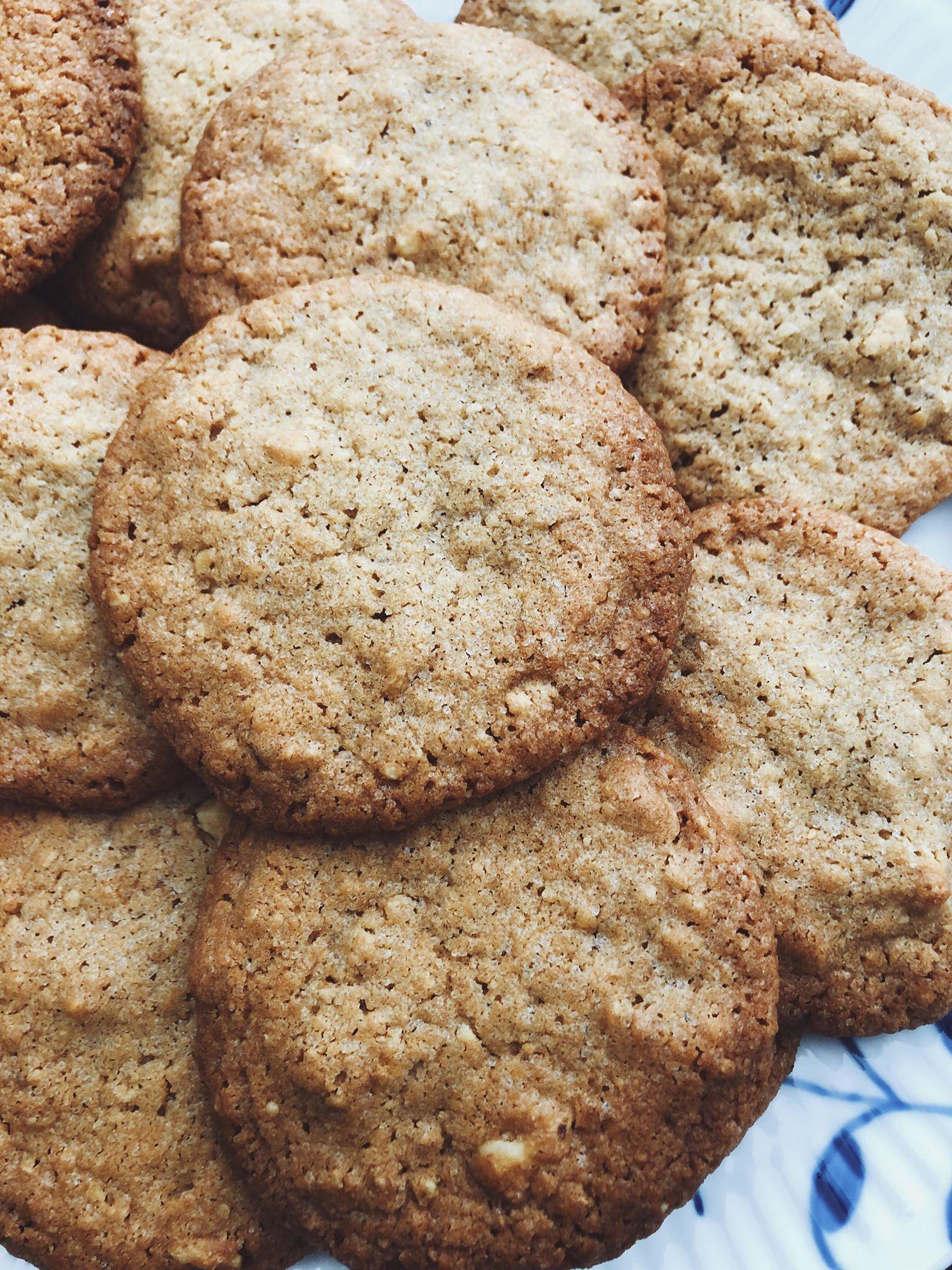 Cookies med havregryn og valnødder
