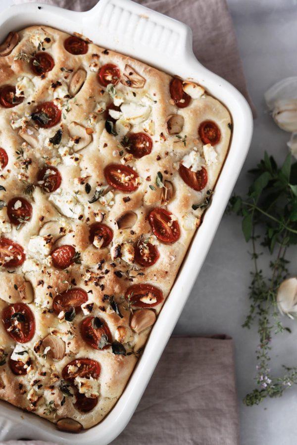 Foccacia brød med feta og urter
