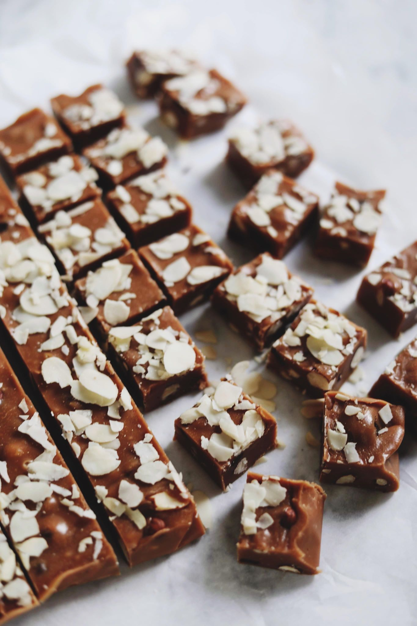 Chokolade fudge med nødder