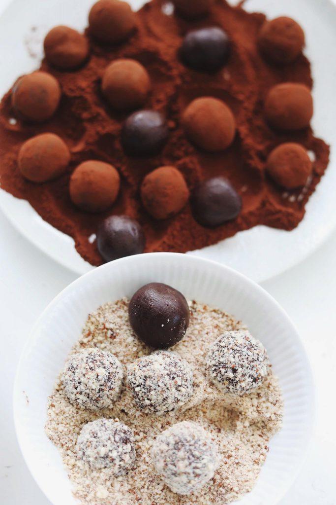 Chokoladetrøfler med kondenseret mælk