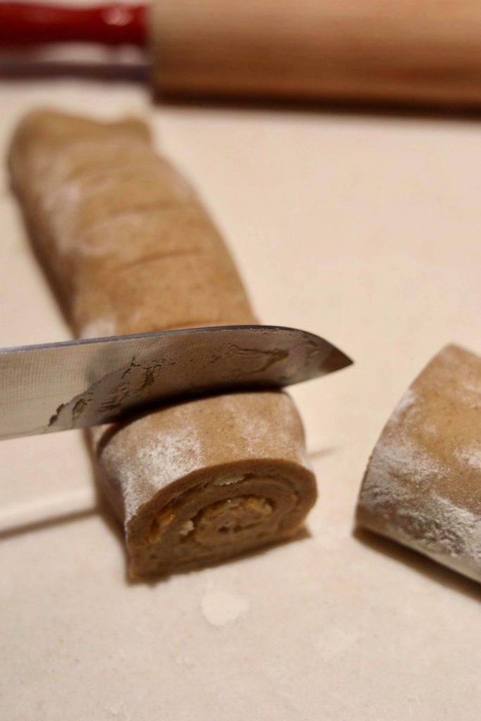 Honningbomber med chokolade og smørcreme