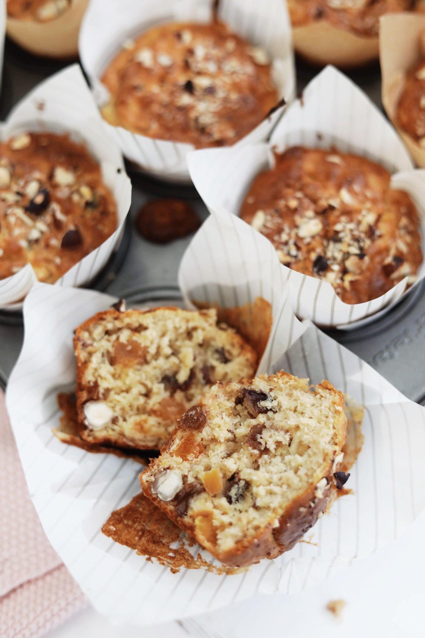 Morgenmadsmuffins med tørrede frugt og nødder