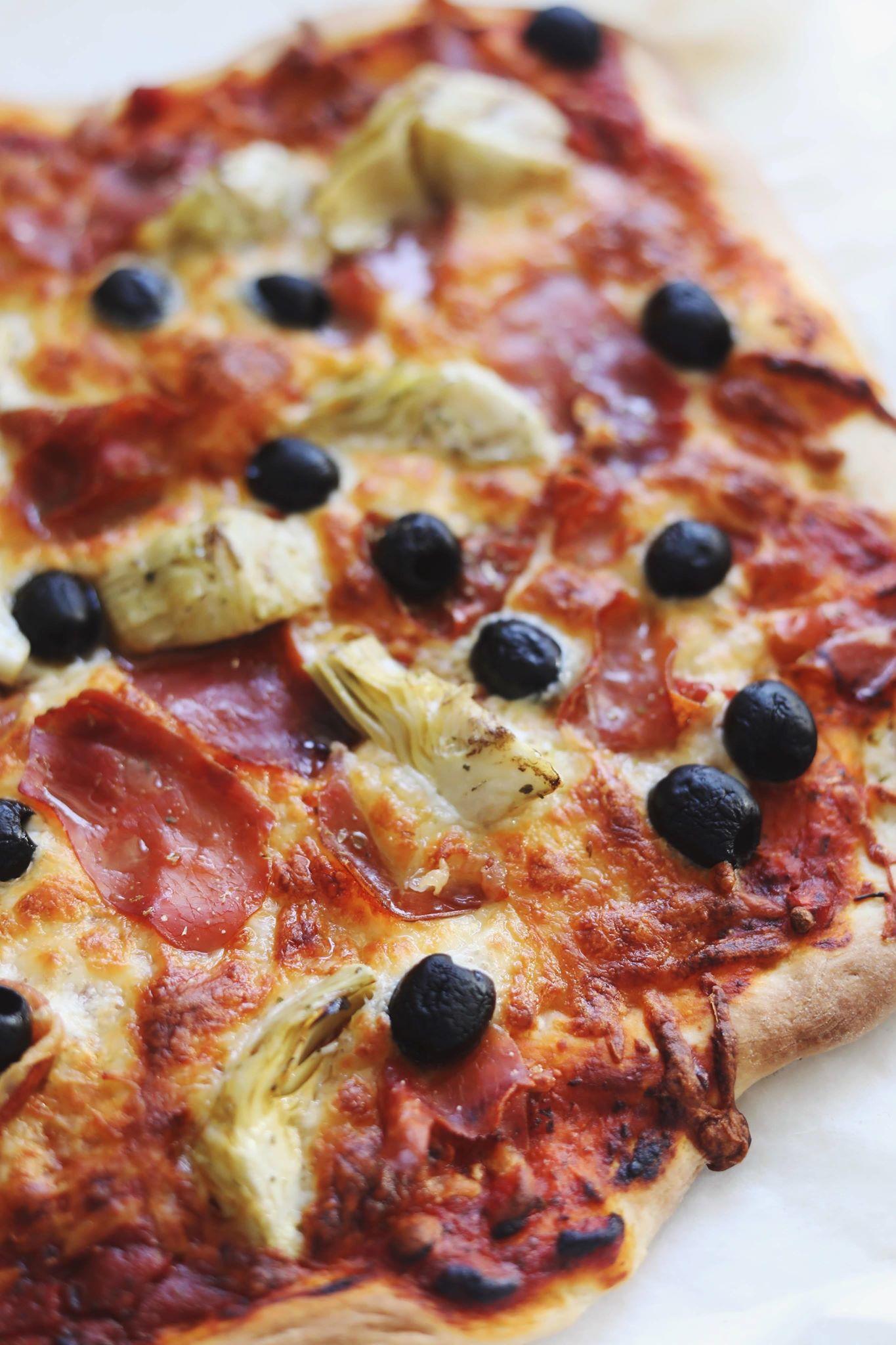 2 x pizza