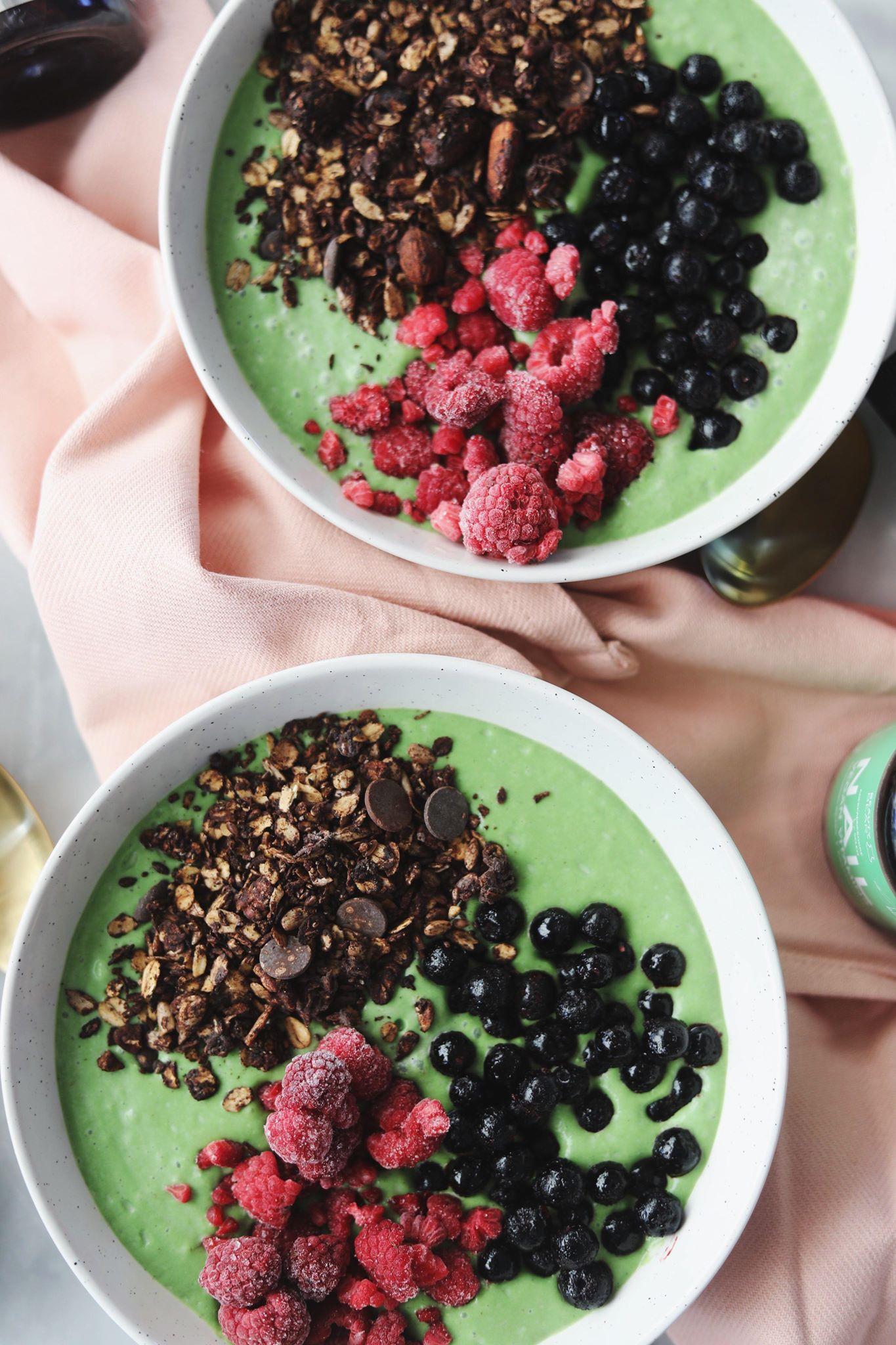 Grøn smoothiebowl