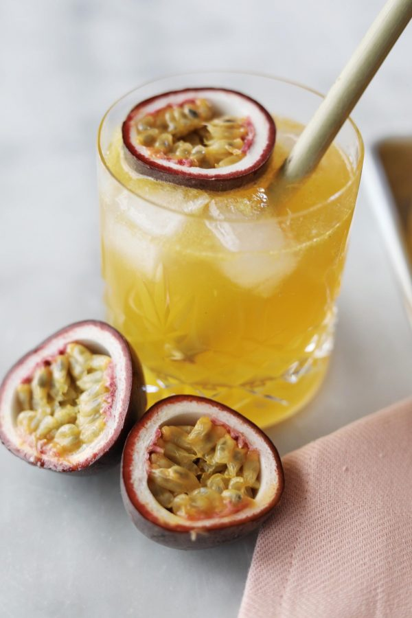 Cocktail med vanilje og passionsfrugt