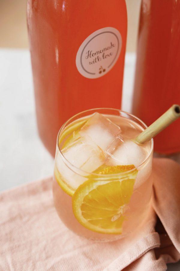 Hyldeblomstdrik med rabarber og appelsin
