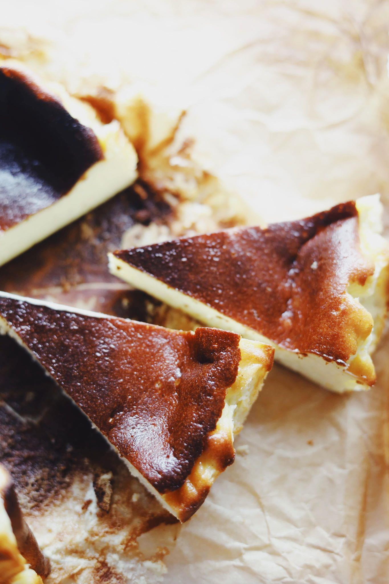 Basque burnt cheesecake (bagt cheesecake)