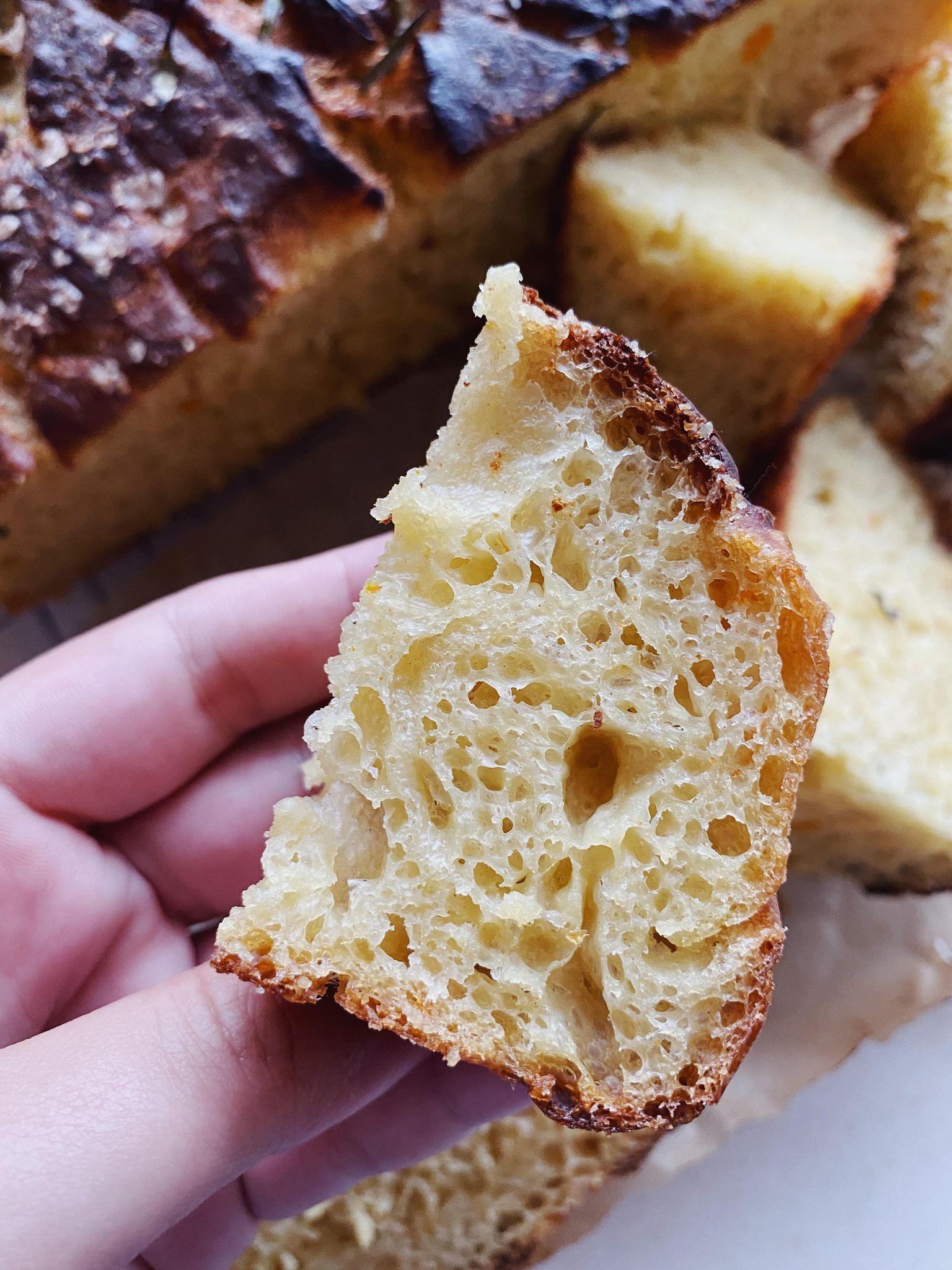 Foccacia brød med græskar og hvidløg