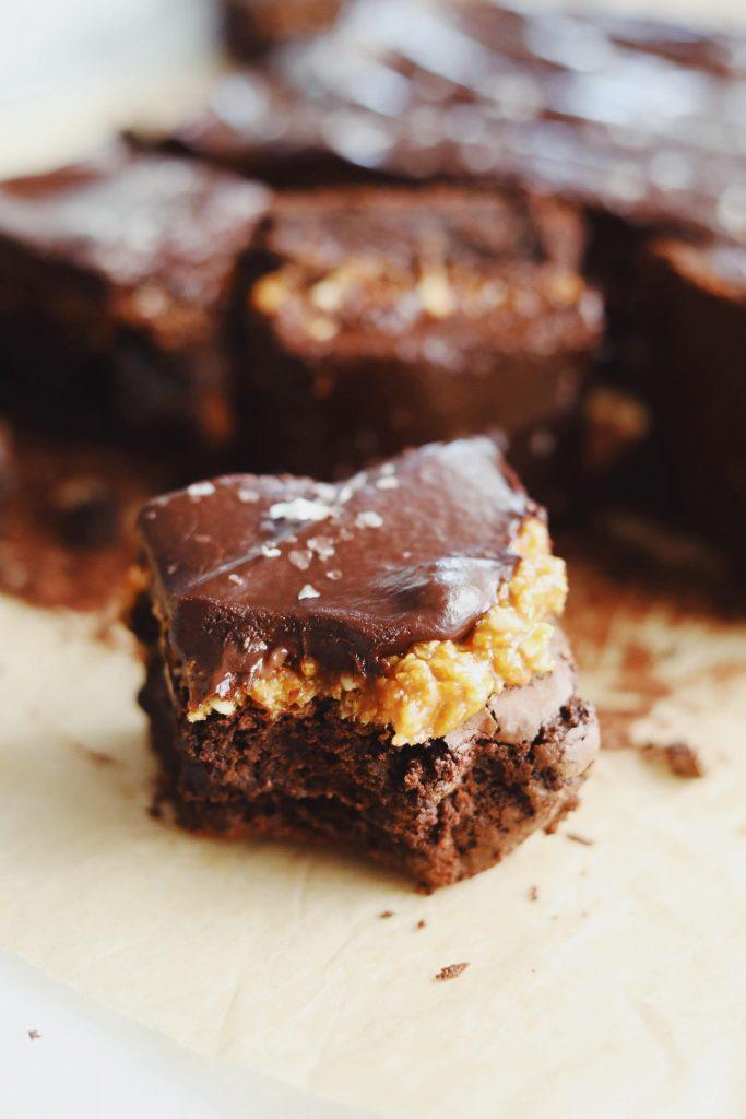 Brownie med cornflakes og ganache