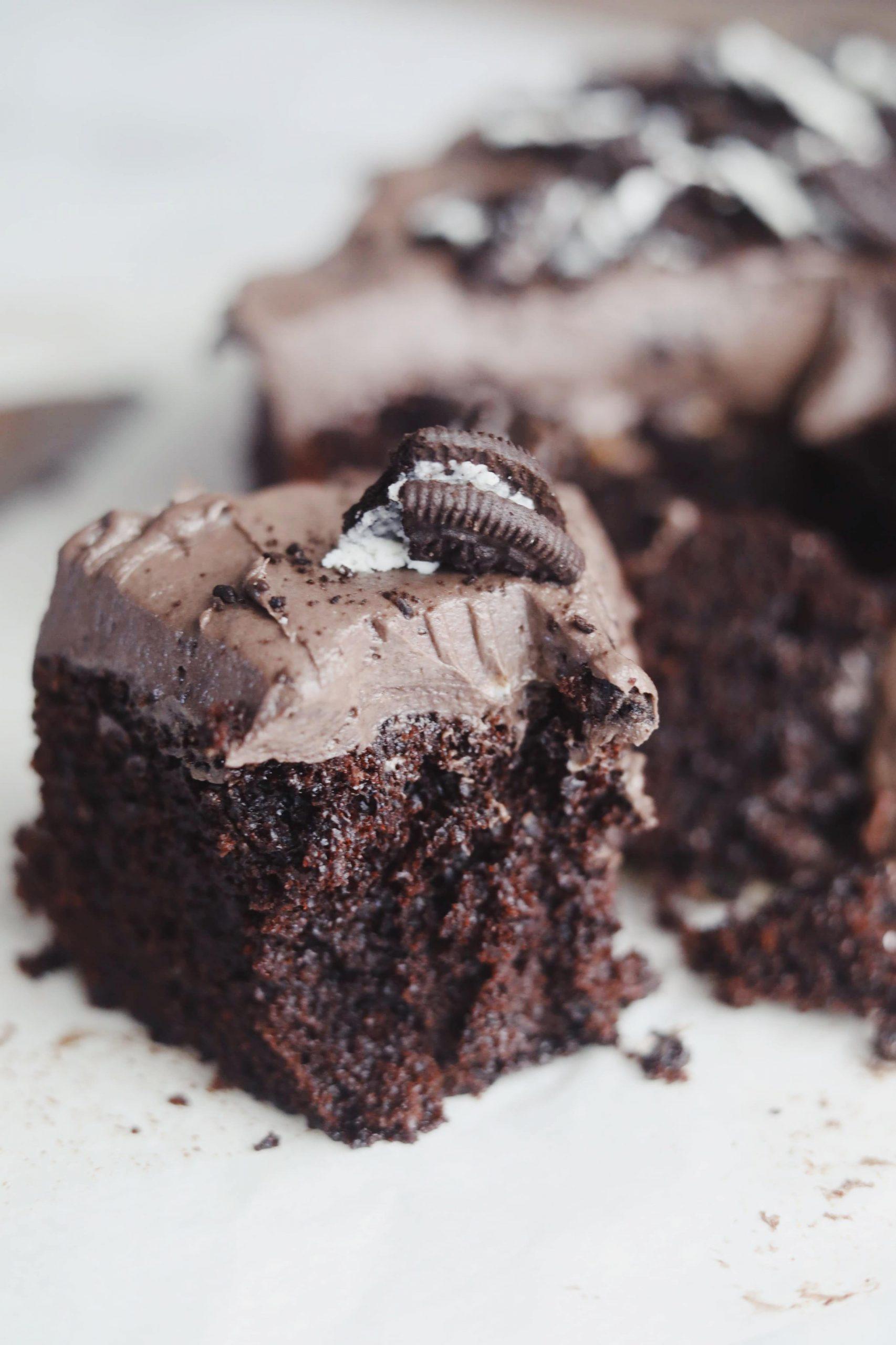 Fredagshygge- Chokoladekage med Oreo frosting