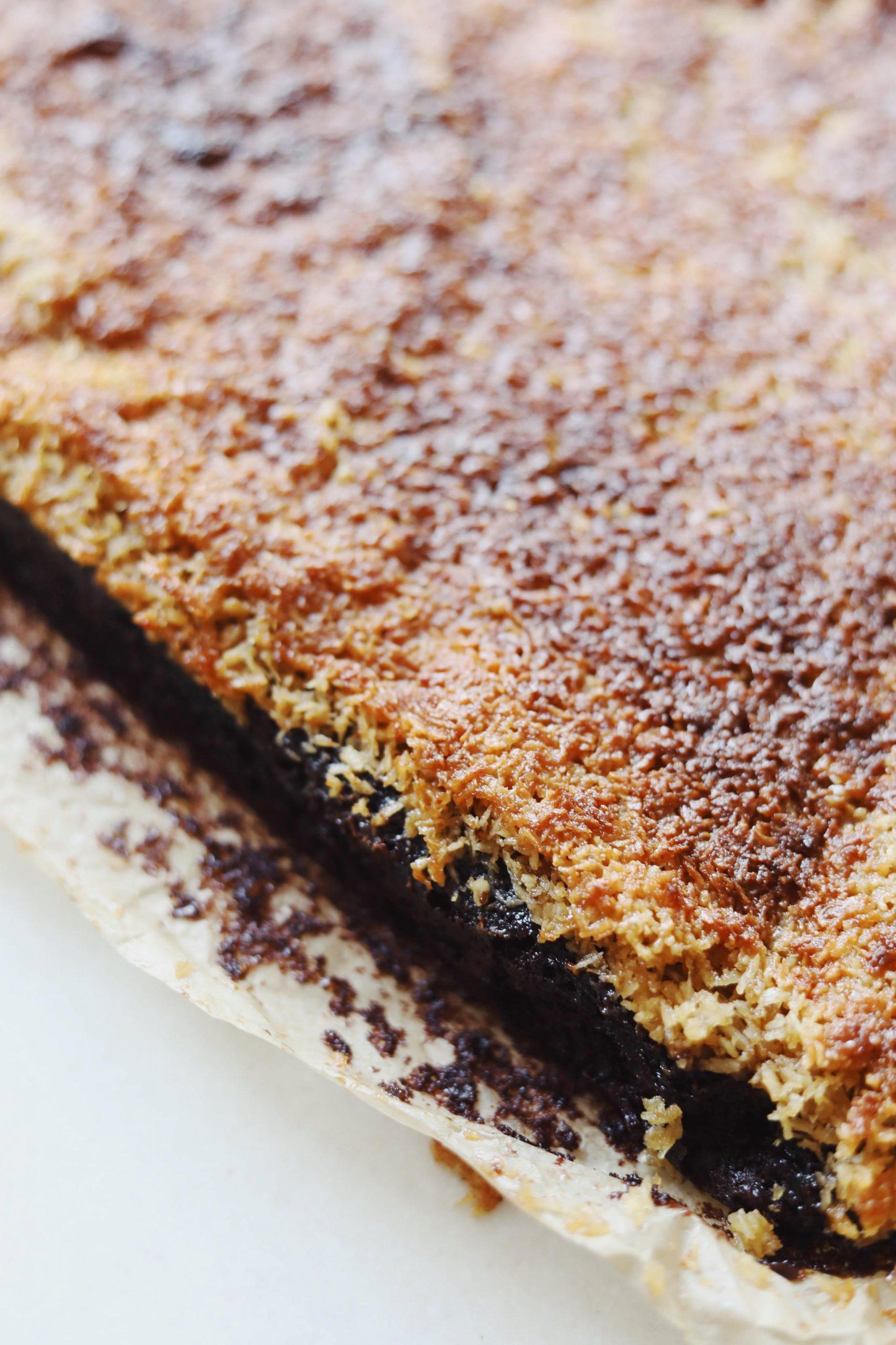 Svampet chokoladekage med kokosfyld