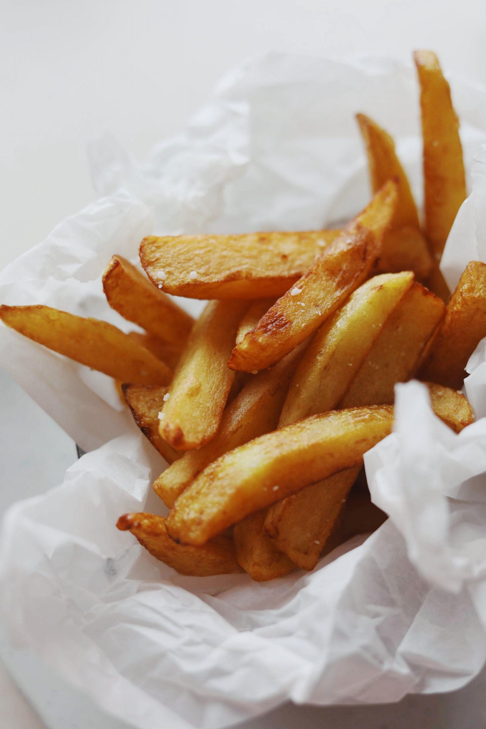 Hjemmelavet pommes frites (friture)