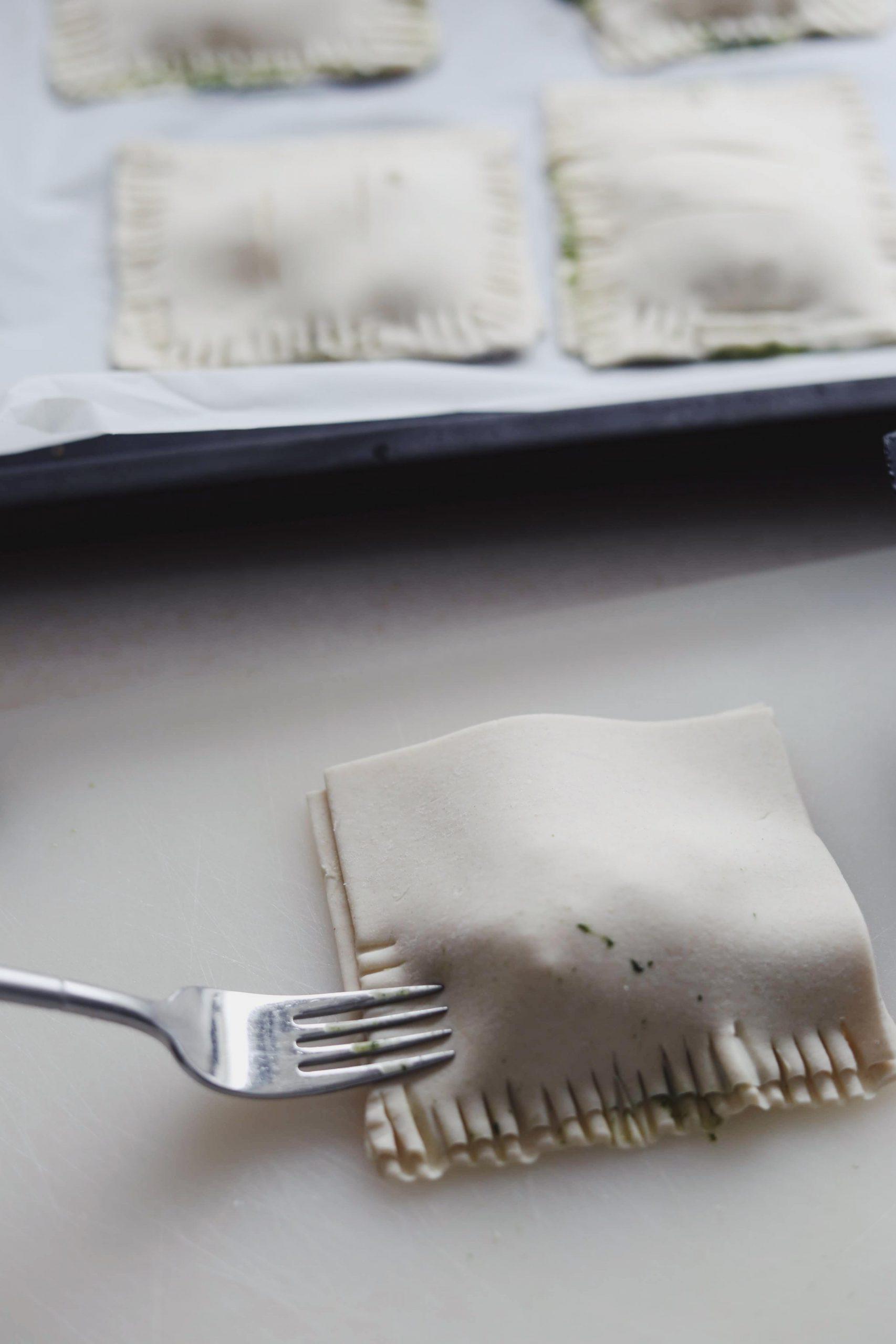 Butterdej med spinat og feta