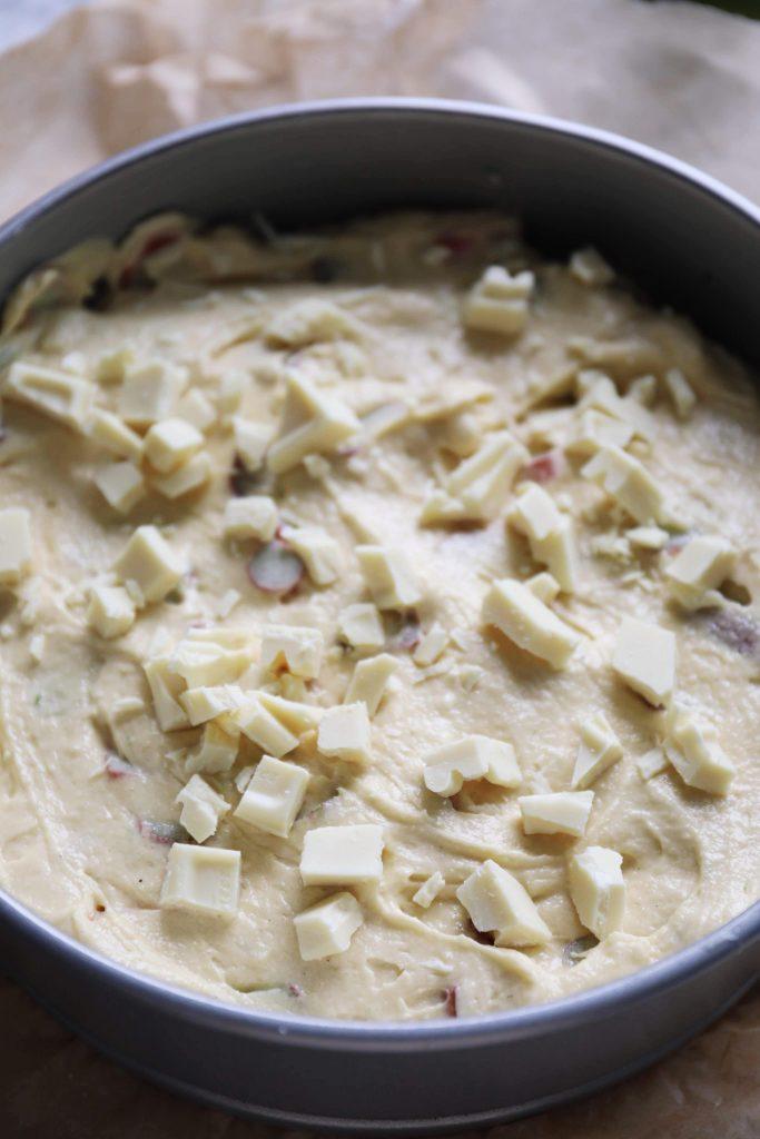 Rabarberkage med hvid chokolade og lime