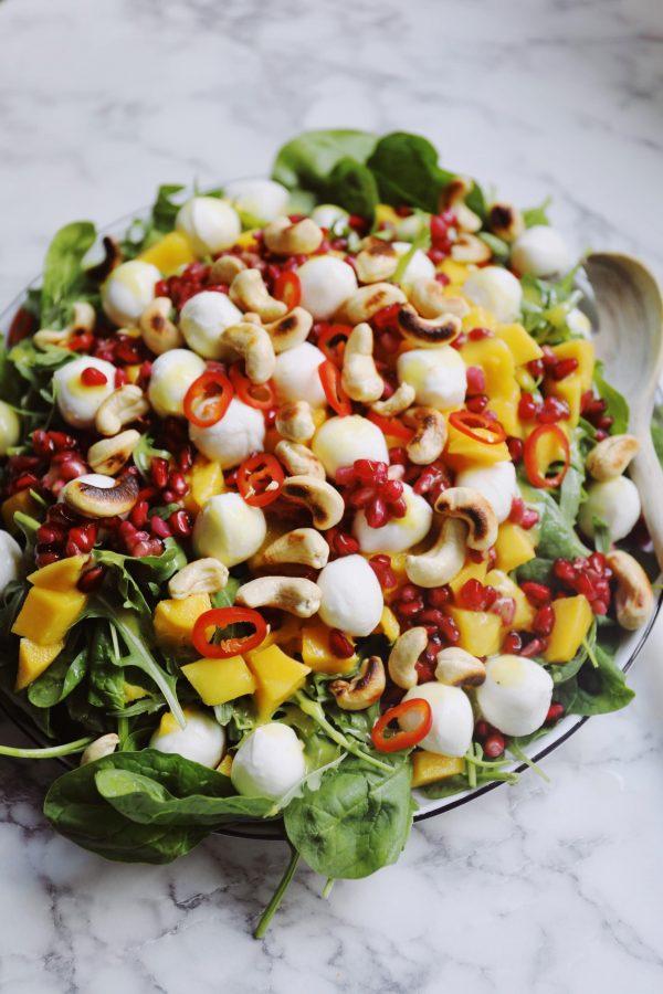 Salat med mango og rucola