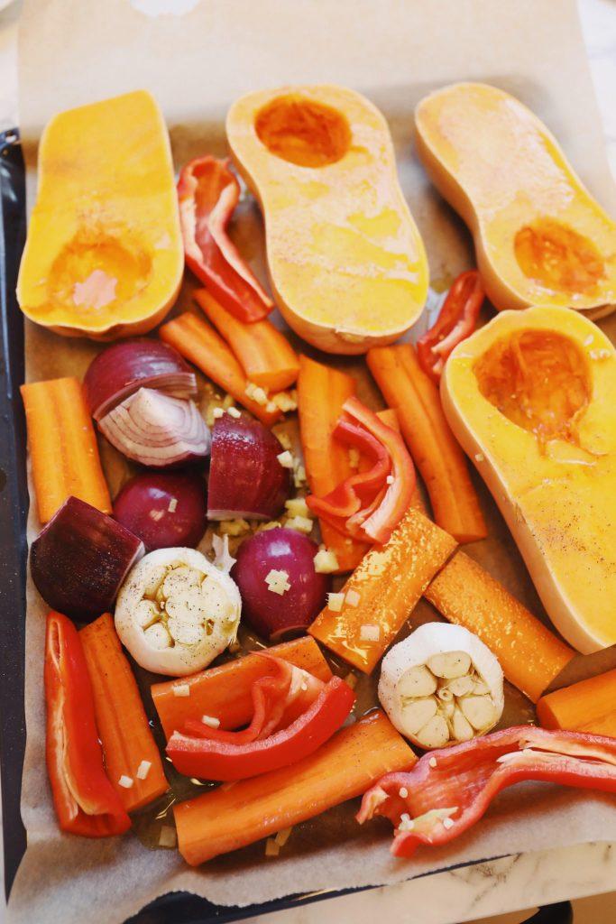 Bagt græskarsuppe med urtecreme